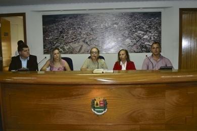 Câmara de Sertãozinho adia decisão sobre comissionados