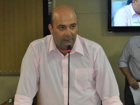 Emenda barra votação de reajuste salarial para agentes políticos em Sertãozinho